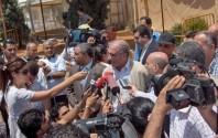 Journalisten belagern Politiker